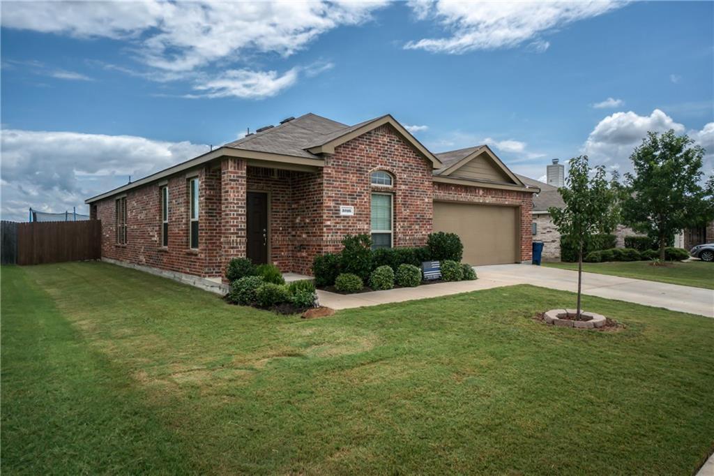 3016 Lake Side Drive, Sanger, TX 76266