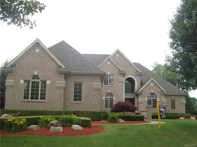 52831 TUSCANY GROVE DR, Shelby Twp, MI 48315
