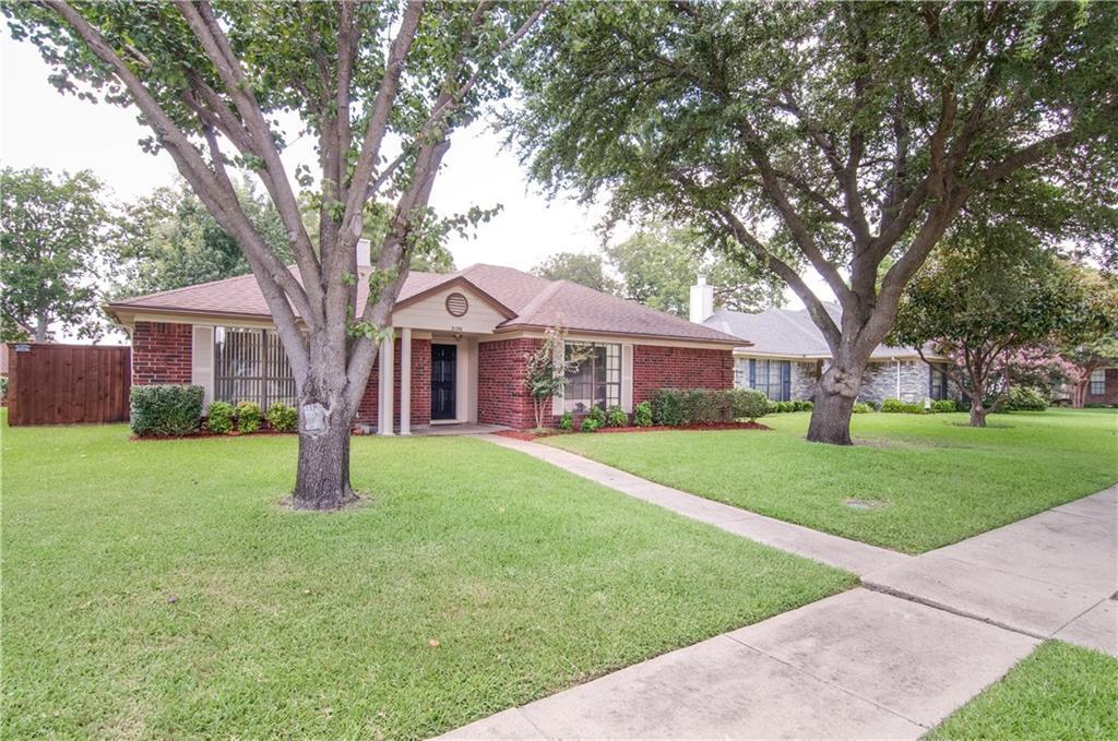 2106 University Circle, Rowlett, TX 75088