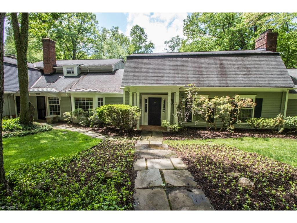 1830 County Line Rd, Gates Mills, OH 44040