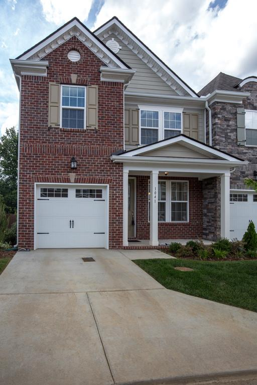 1041 Livingstone Ln, Mount Juliet, TN 37122