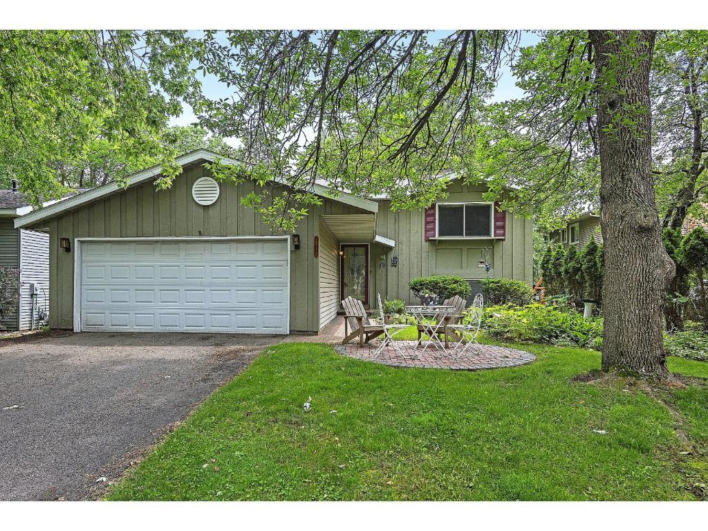15110 Summerhill Drive, Eden Prairie, MN 55346