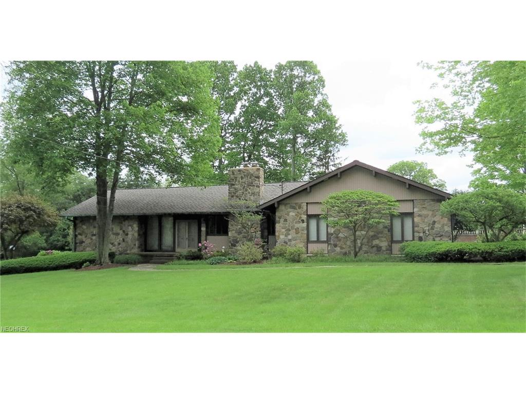 180 Country Club Dr NE, Warren, OH 44484