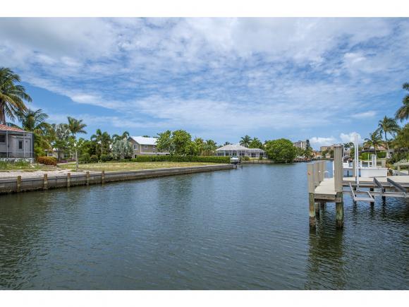 1053 BONITA, MARCO ISLAND, FL 34145