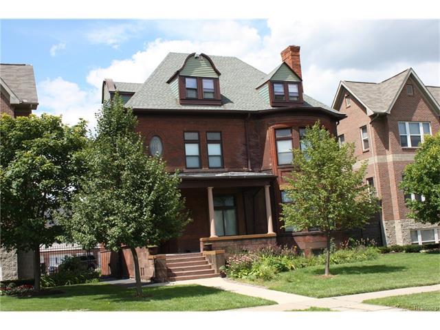 295 E FERRY Street 1, Detroit, MI 48202