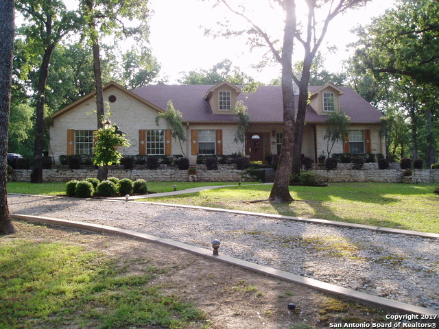 133 North Shore Dr, Kerens, TX 75144
