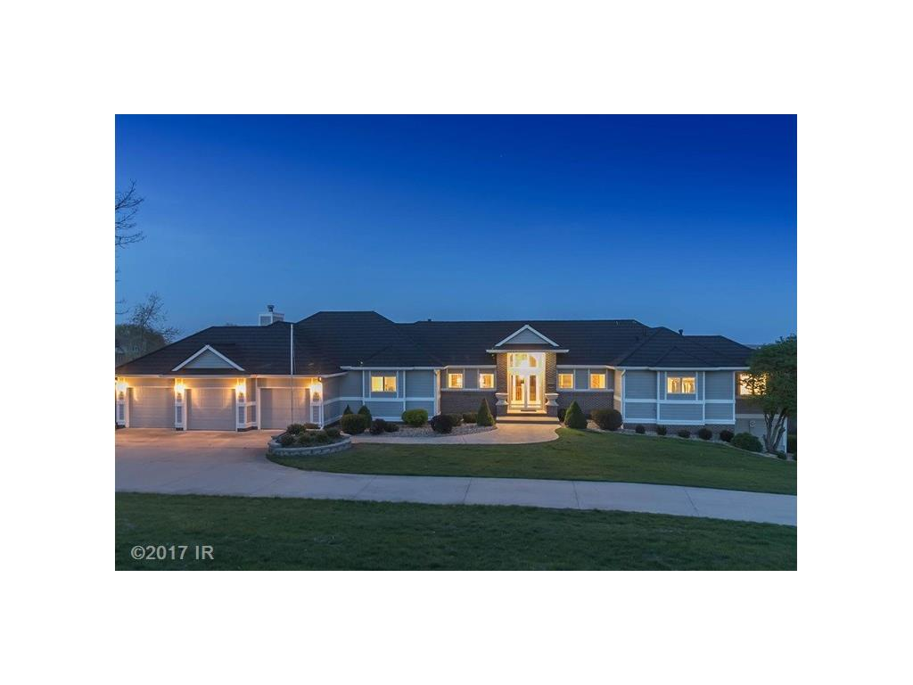 35182 Bordeaux Circle, Waukee, IA 50263