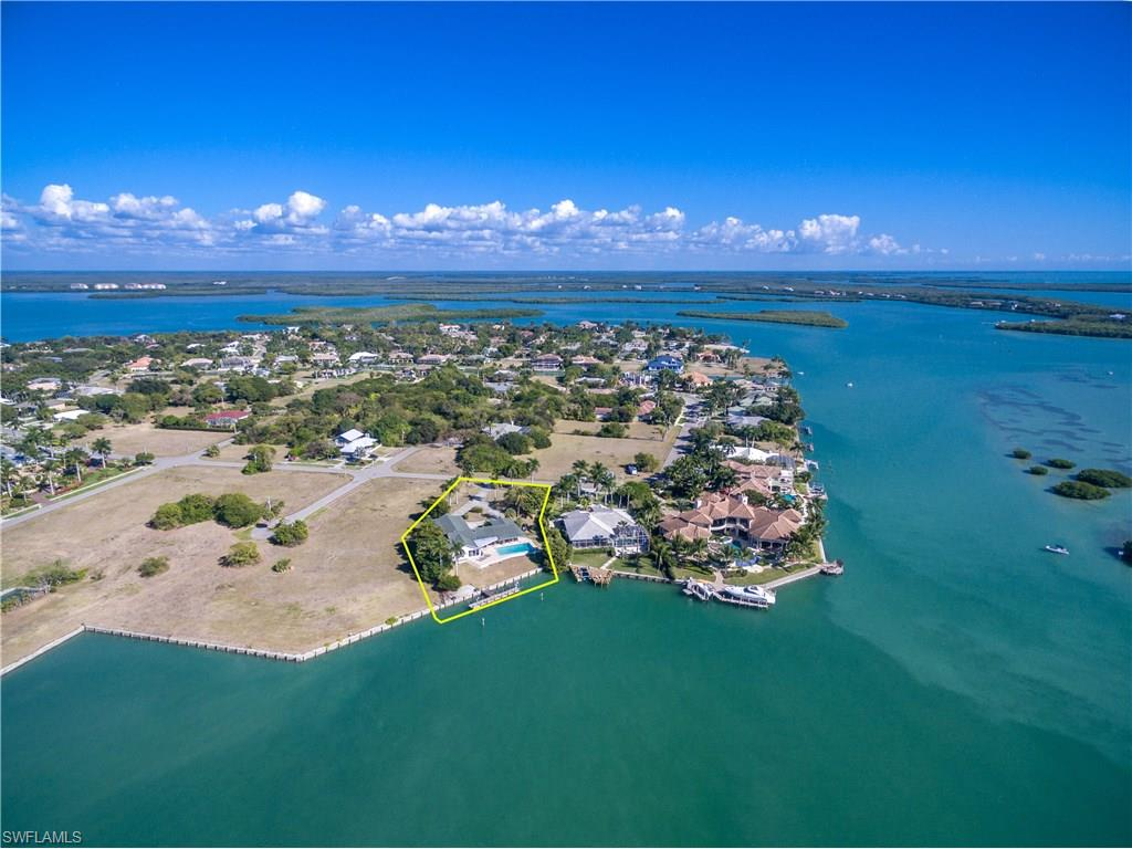 1028 Inlet DR, MARCO ISLAND, FL 34145