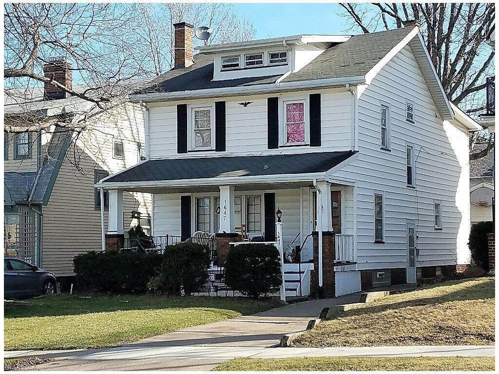1647 Bunts Rd, Lakewood, OH 44107