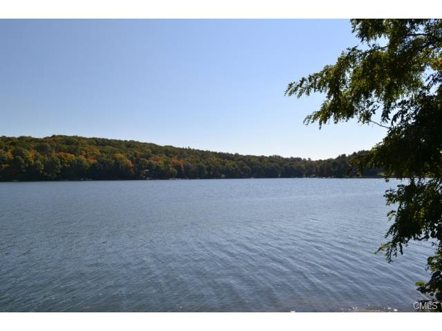 13 Candlewood Shore, New Milford, CT 06776