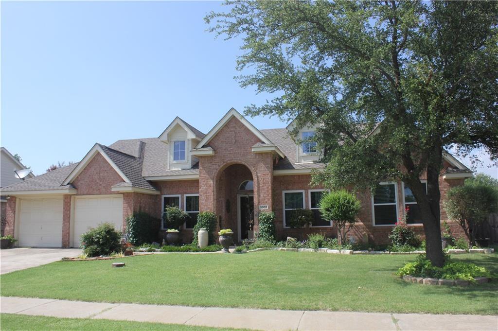 1002 Karen Street, Aubrey, TX 76227