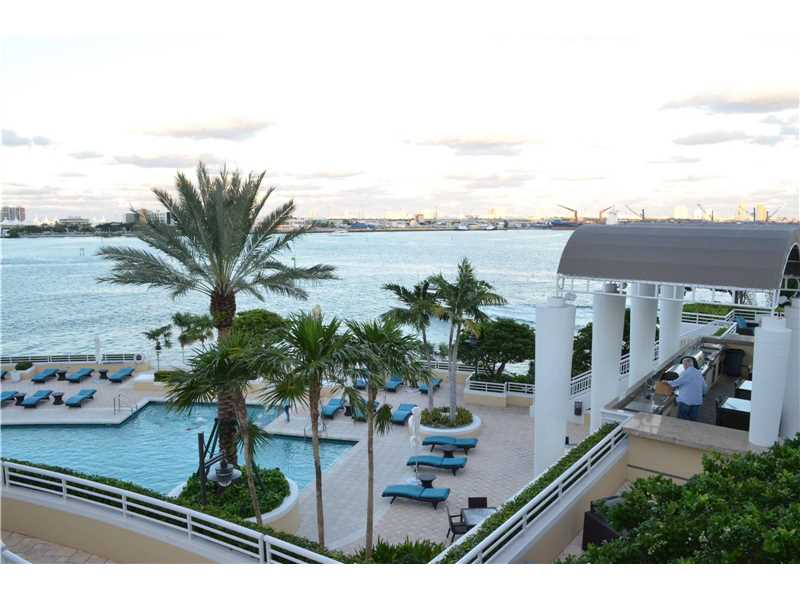 808 Brickell Key Dr 1607, Miami, FL 33131