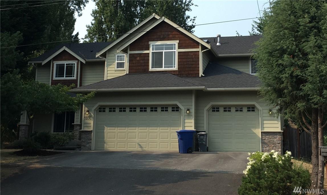 3200 NE 195th St, Lake Forest Park, WA 95155