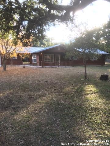 738 CHIPMAN LN, Bandera, TX 78003