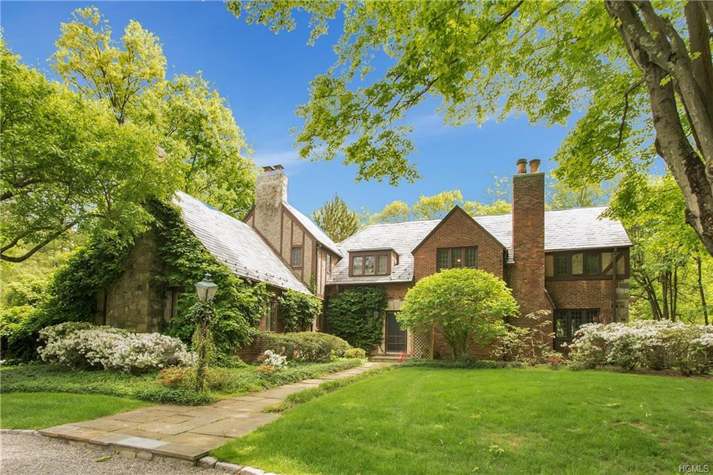 111 Marlborough Road, Briarcliff Manor, NY 10510