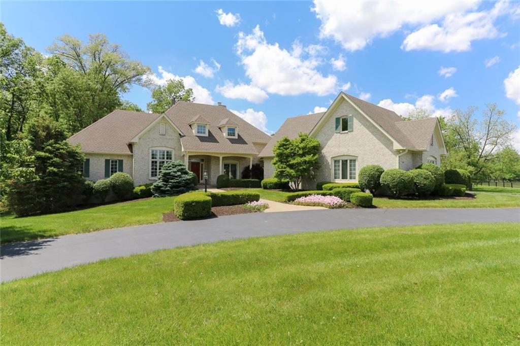 7880 Hunt Country Place, Zionsville, IN 46077