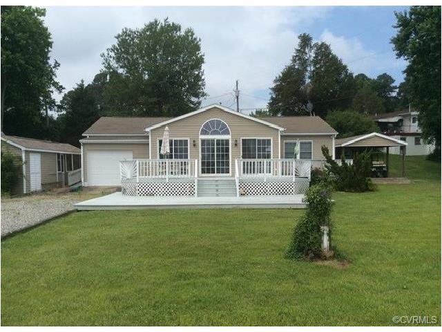 125 Sandy Beach Road, Dunnsville, VA 22454