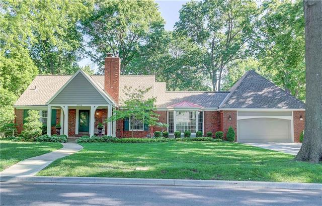 2504 W 84th Street, Leawood, KS 66206