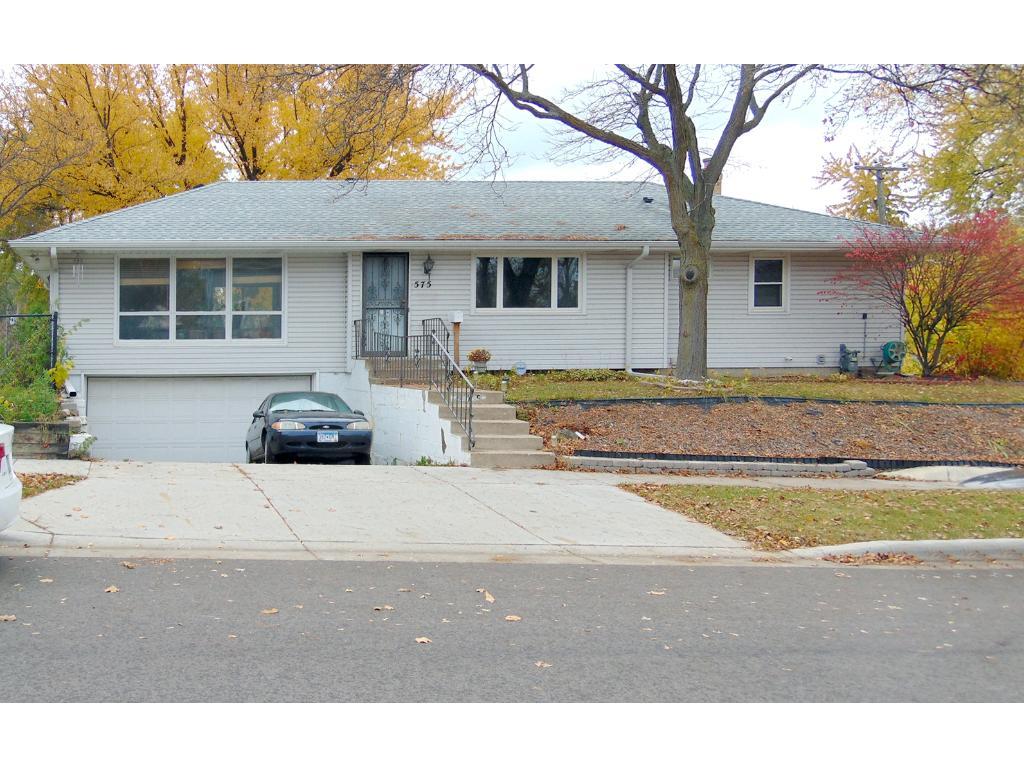 575 California Avenue E, Saint Paul, MN 55130