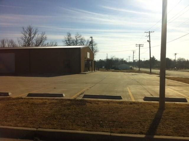 10110 N Western, Oklahoma City, OK 73114