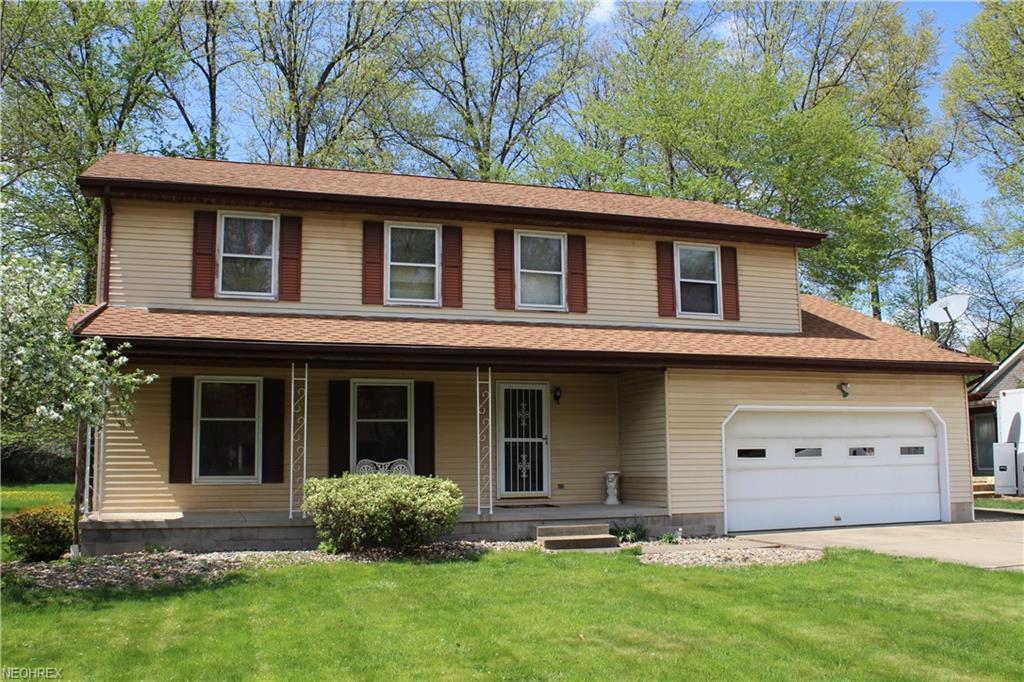 2607 Pine Oak Ct, Niles, OH 44446