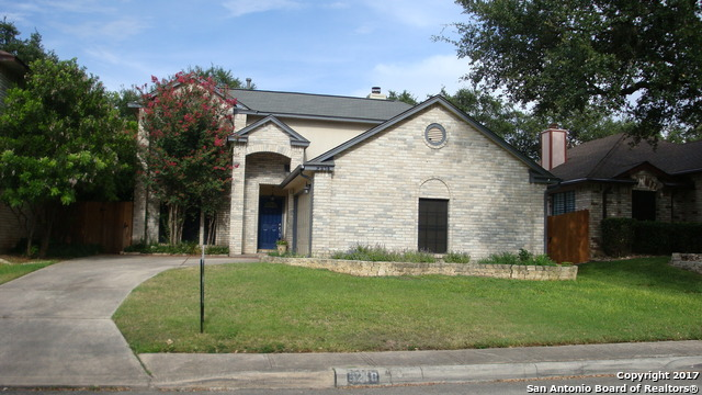 9218 FISHERS HILL DR, San Antonio, TX 78240