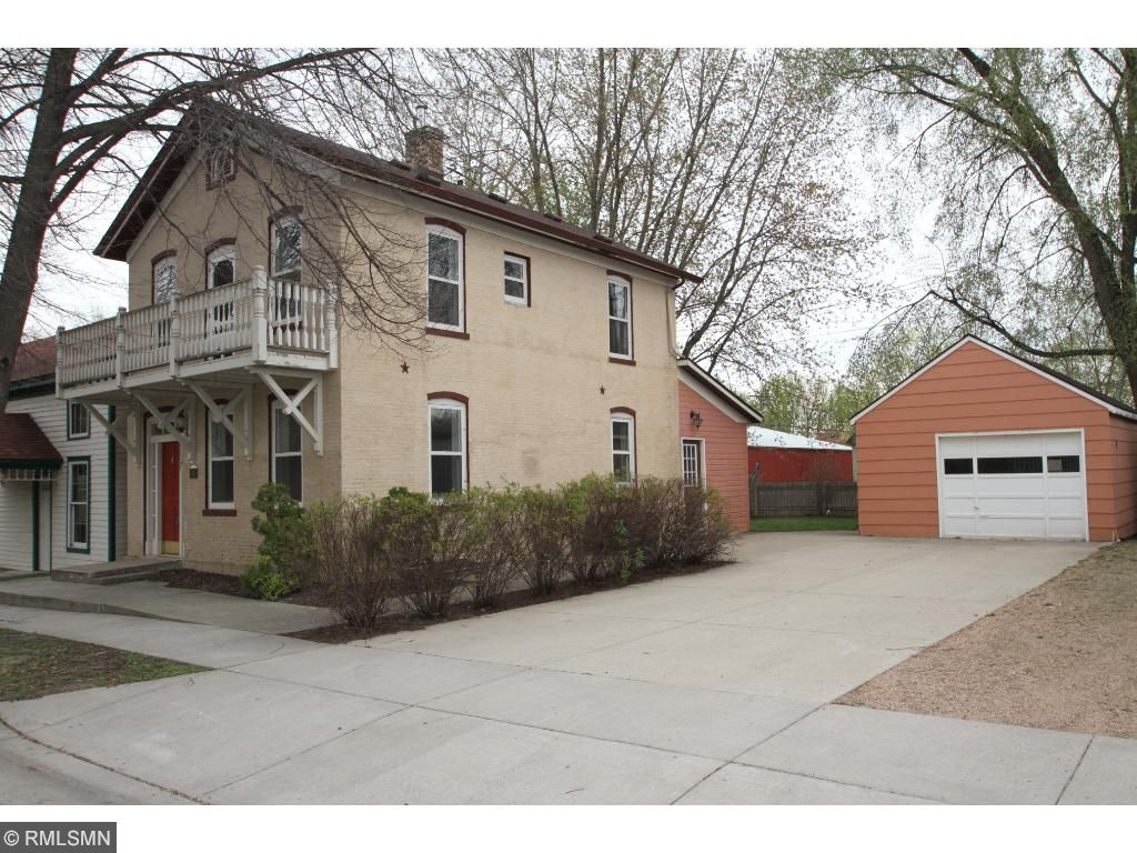 117 3rd Street E, Carver, MN 55315