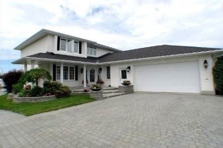 77 Guy St, Russell, ON K0C 2B0