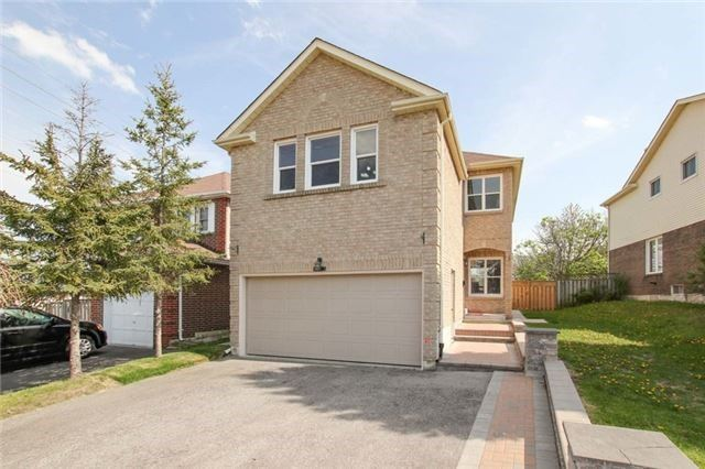 1103 Dunbarton Rd, Pickering, ON L1V 4E4