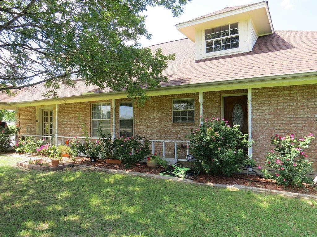 305 Berry Drive, Haslet, TX 76052
