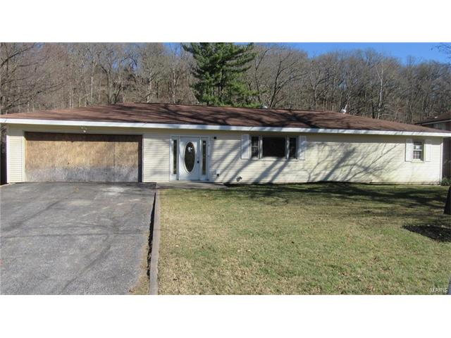 2800 Schumacher, High Ridge, MO 63049