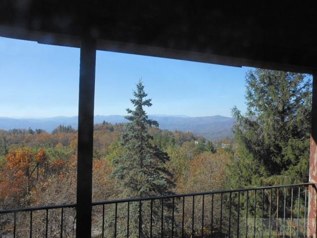 346 Green Hill Circle, Blowing Rock, NC 28605