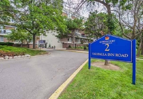 2 Valhalla Inn Rd # 114, Toronto, ON M9B 6C3