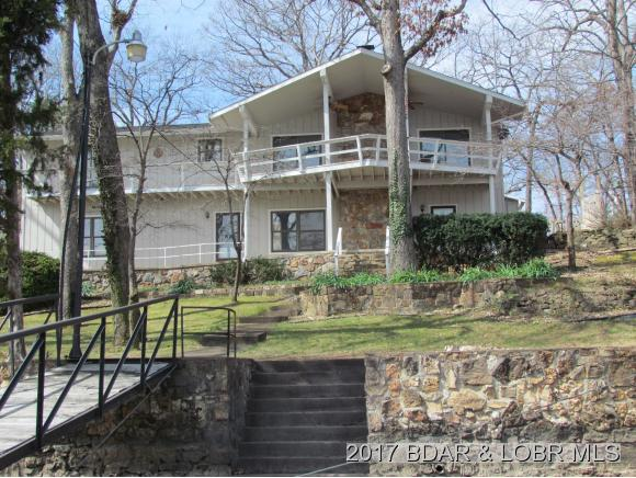 1928 Bluff View Point, Osage Beach, MO 65065