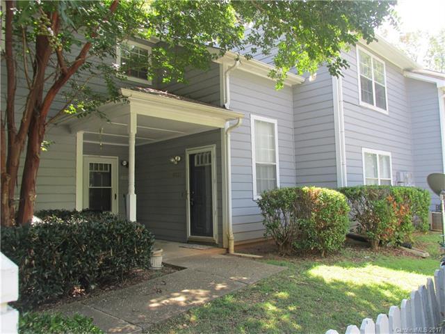 6021 Pinebark Court, Charlotte, NC 28212