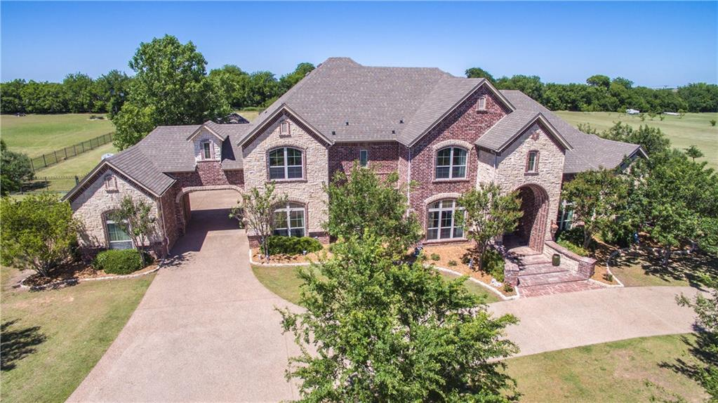 1824 Greenway Crossing Drive, Haslet, TX 76052