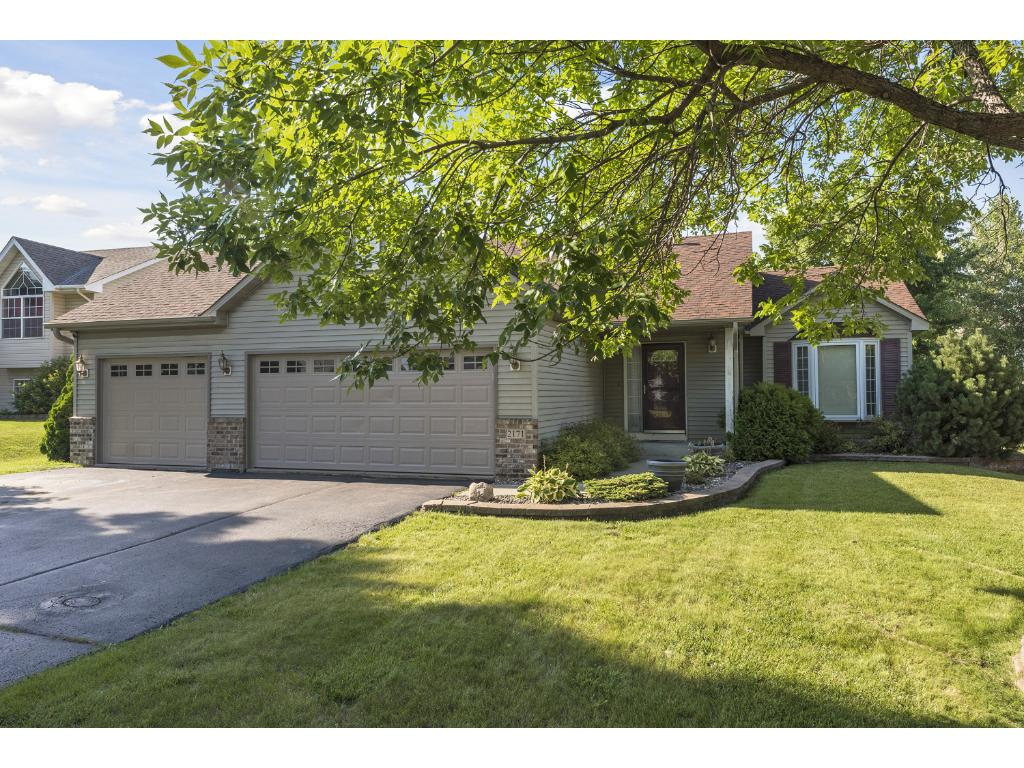 Great 4-level on wonderful pond lot. 4bd 3bath home with nice curb appeal. LL Can be finished fro 5th bedroom or flexroom. Quick closing available.