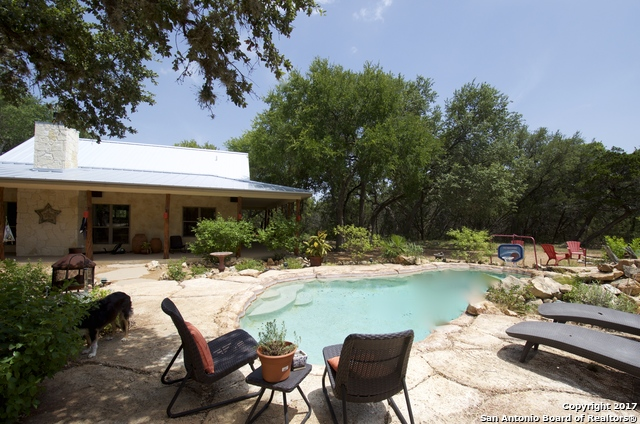 471 W BRANCH XING, Spring Branch, TX 78070