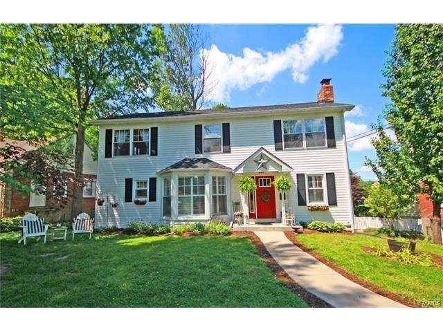 15 Holly Drive, Webster Groves, MO 63119