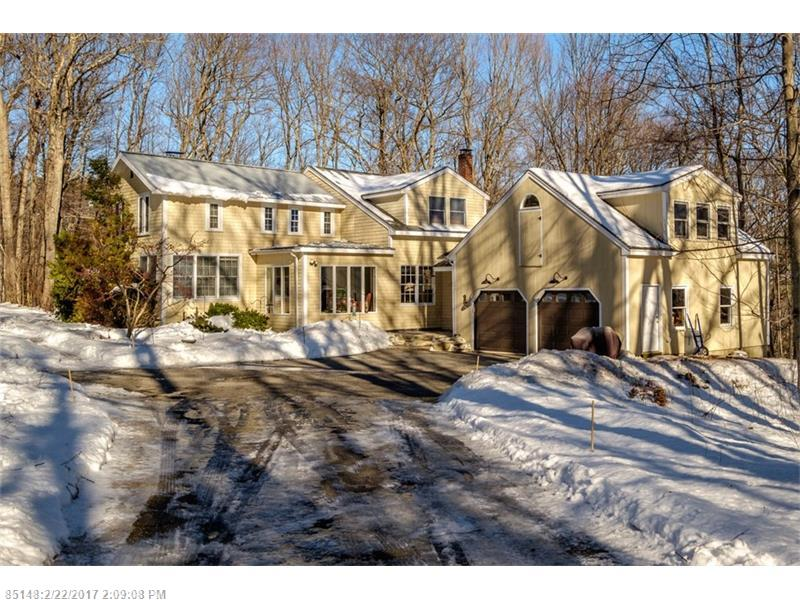 147 Mountain RD , Falmouth, ME 04105