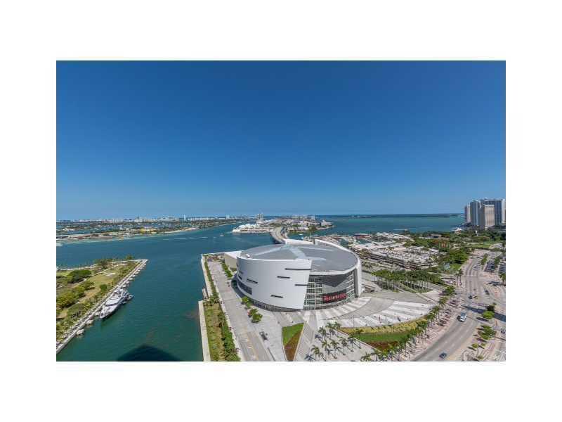 888 BISCAYNE BL 3205, Miami, FL 33132