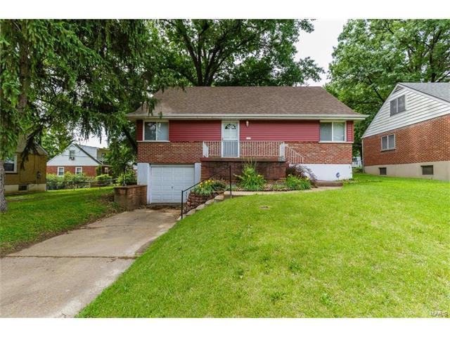 8624 Belcrest Lane, St Louis, MO 63114