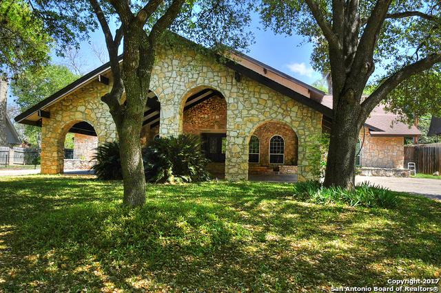 143 Honeysuckle Ln, Castle Hills, TX 78213