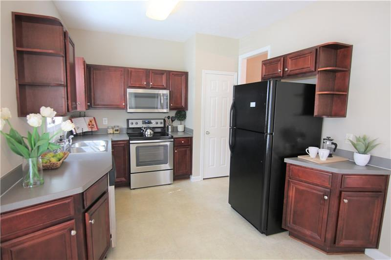 College Park GA Listing # 5808488 2555  Flat Shoals Road 3009 30349 Providence Place