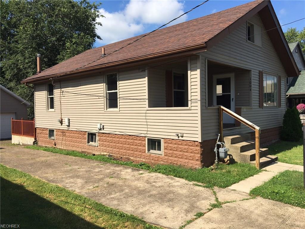 1004 Seborn Ave, Zanesville, OH 43701