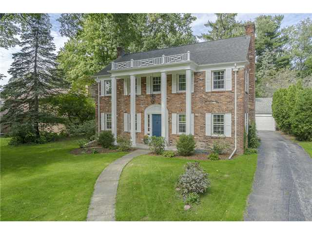 2385 Evergreen Rd, Ottawa Hills, OH 43606