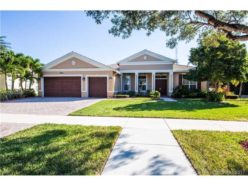 4882 Sunkist Way, Cooper City, FL 33330