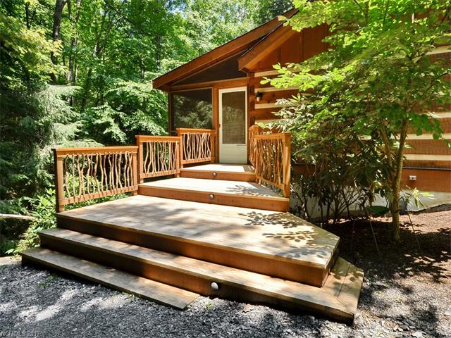 14 Weeping Cherry Forest Road, Fairview, NC 28730