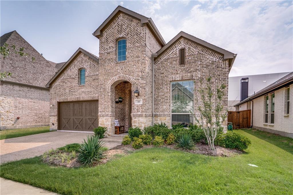 305 Warwick Boulevard, Lewisville, TX 75056