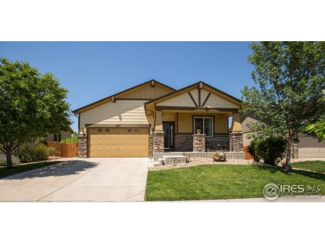 910 Snowy Plain Rd, Fort Collins, CO 80525